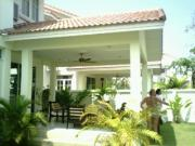 2 storey house for sale Jomtien Beach 3 bedrooms 2 bathrooms 80 sqm land 7,900,000 Baht