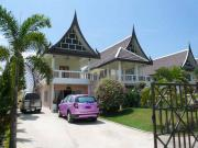 2 storey house for sale East Pattaya 3 bedrooms 3 bathrooms 652 sqm land 4,900,000 Baht