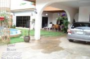 House for rent Jomtien Beach 3 bedrooms 3 bathrooms 360 sqm land 1 storey 45,000 Baht per month